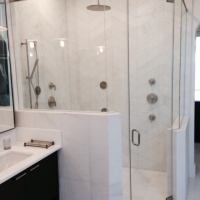 quality glass shower door and enclosure