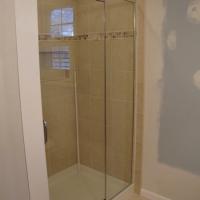 Shower_door&panel_with_header